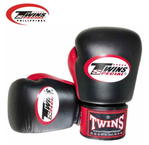 Twins Special Boxing Gloves [Black/Red]